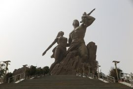 senagal - 9-Afrika-Ronesans-Aniti.jpg