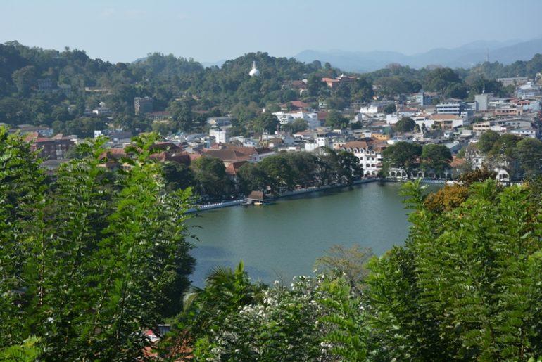 srilanka - Kandy-Kapak-resmi.jpg