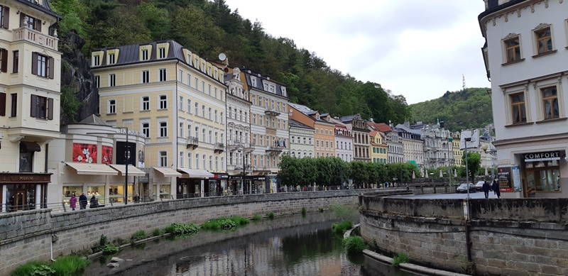 Cekya - 28-Karlovy-Vary.jpg