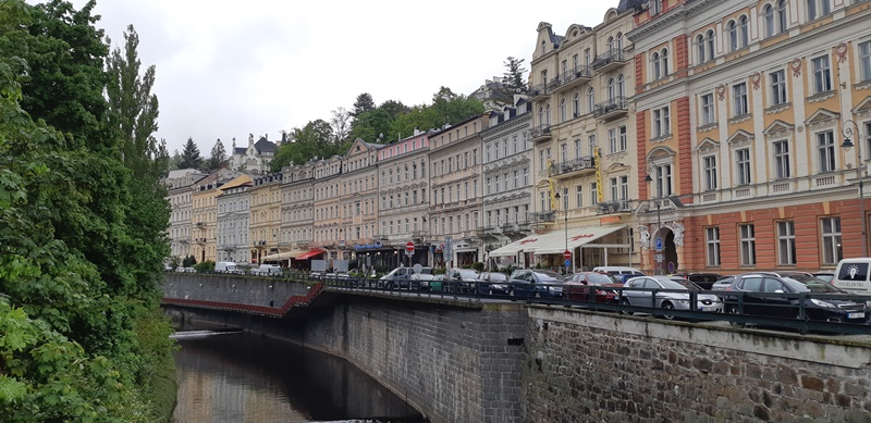Cekya - 31-Karlovy-vary.jpg