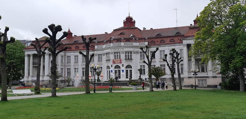 Cekya - 32-Karlovy-Vary.jpg