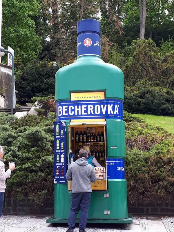 Cekya - 34-Karlovy-vary.jpg